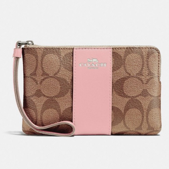 74bbe4369310 Authentic Coach Corner Zip Wristlet F58035 0718